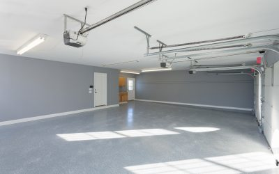 Garage Floor Coatings: 3 Ways to Keep Mold Out of Concrete Flooring